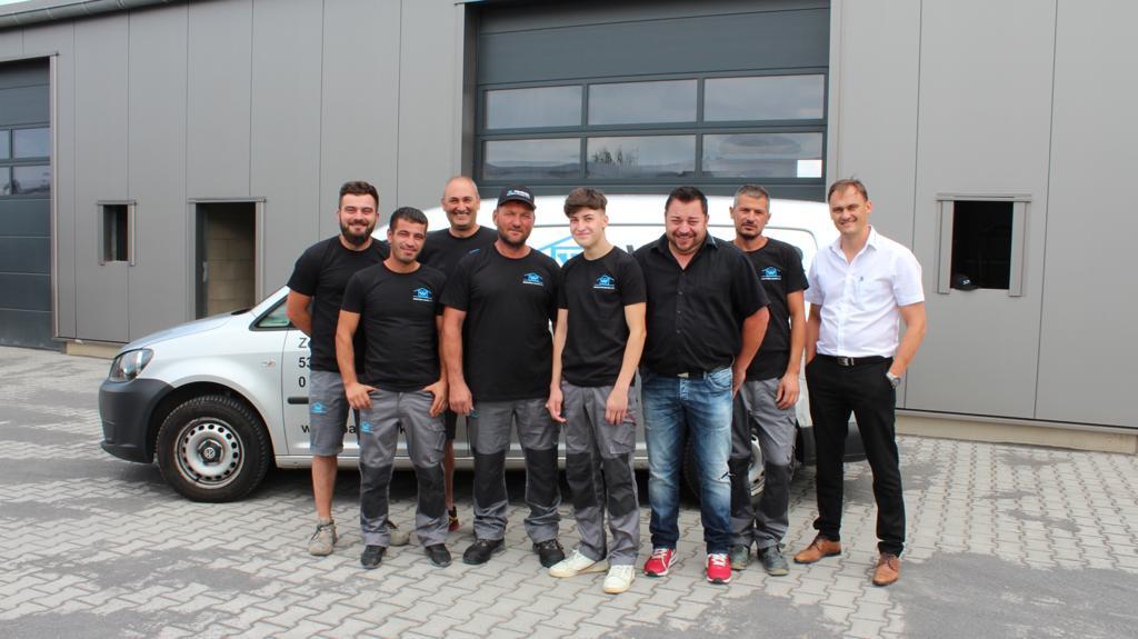 Das Team von Wacker Immobilien & Bauträger GmbH